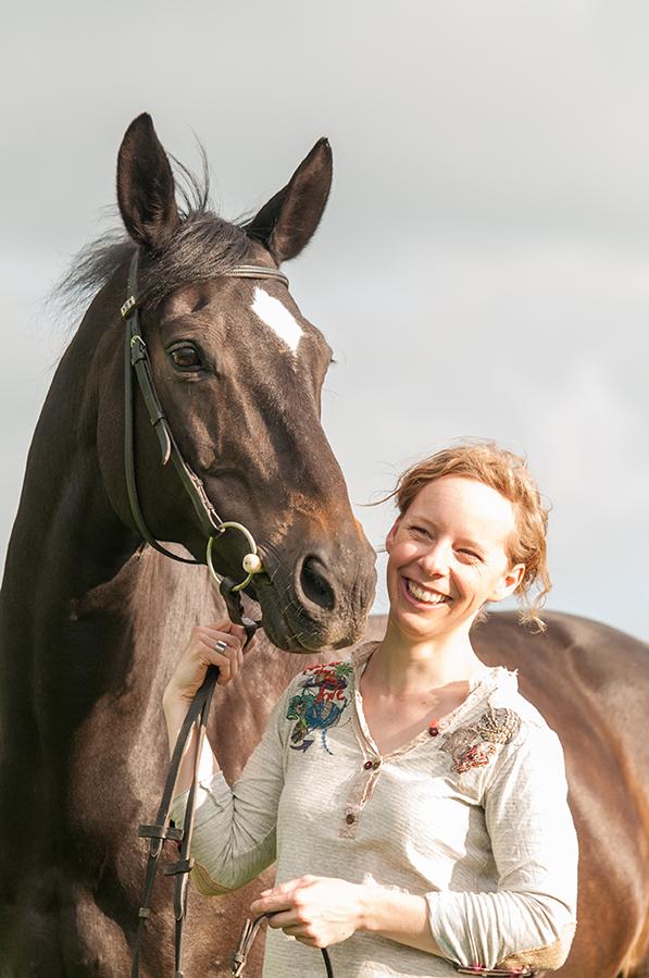 Susanne Hauk und ein Pferd