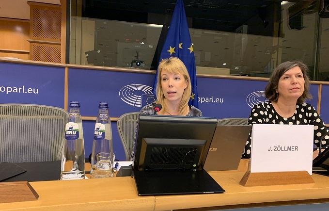 Jasmin Zöllmer im Europaparlament