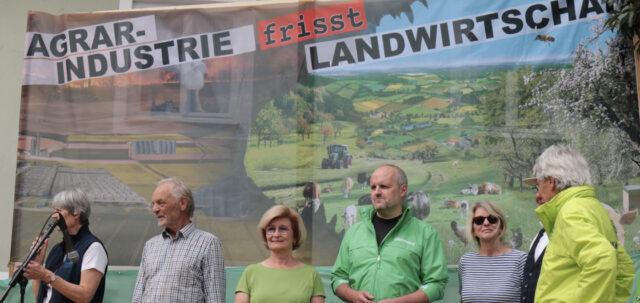 Demo in Donauwoerth gegen Megastaelle